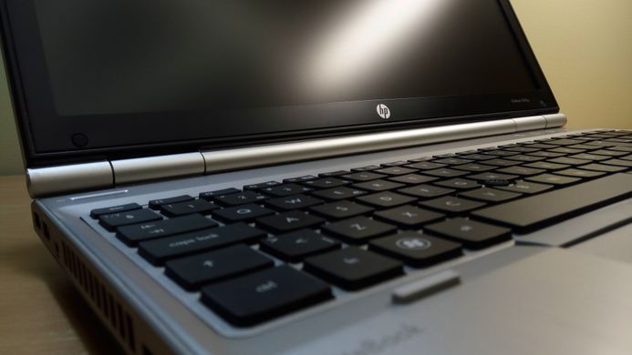 "Ноутбук HP EliteBook 8560p i5-2520M 15,6""/8/250/DVD/Win7P/WEBCAM/1600x900"